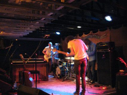 Dungen at Grey Eagle. Photo (c) Bill Kopp.